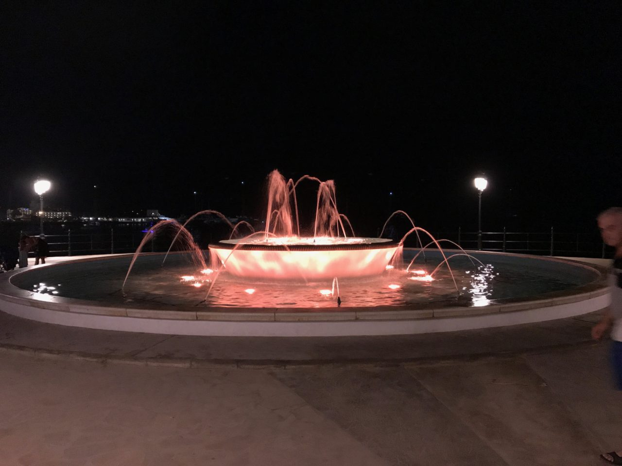 Colorful Round Fountain With LED Lights Changing Color