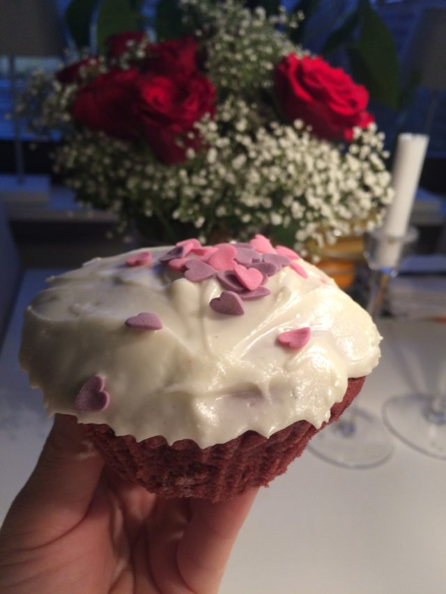 Cupcake With Pink And Purple Heart And Red Roses In The Background