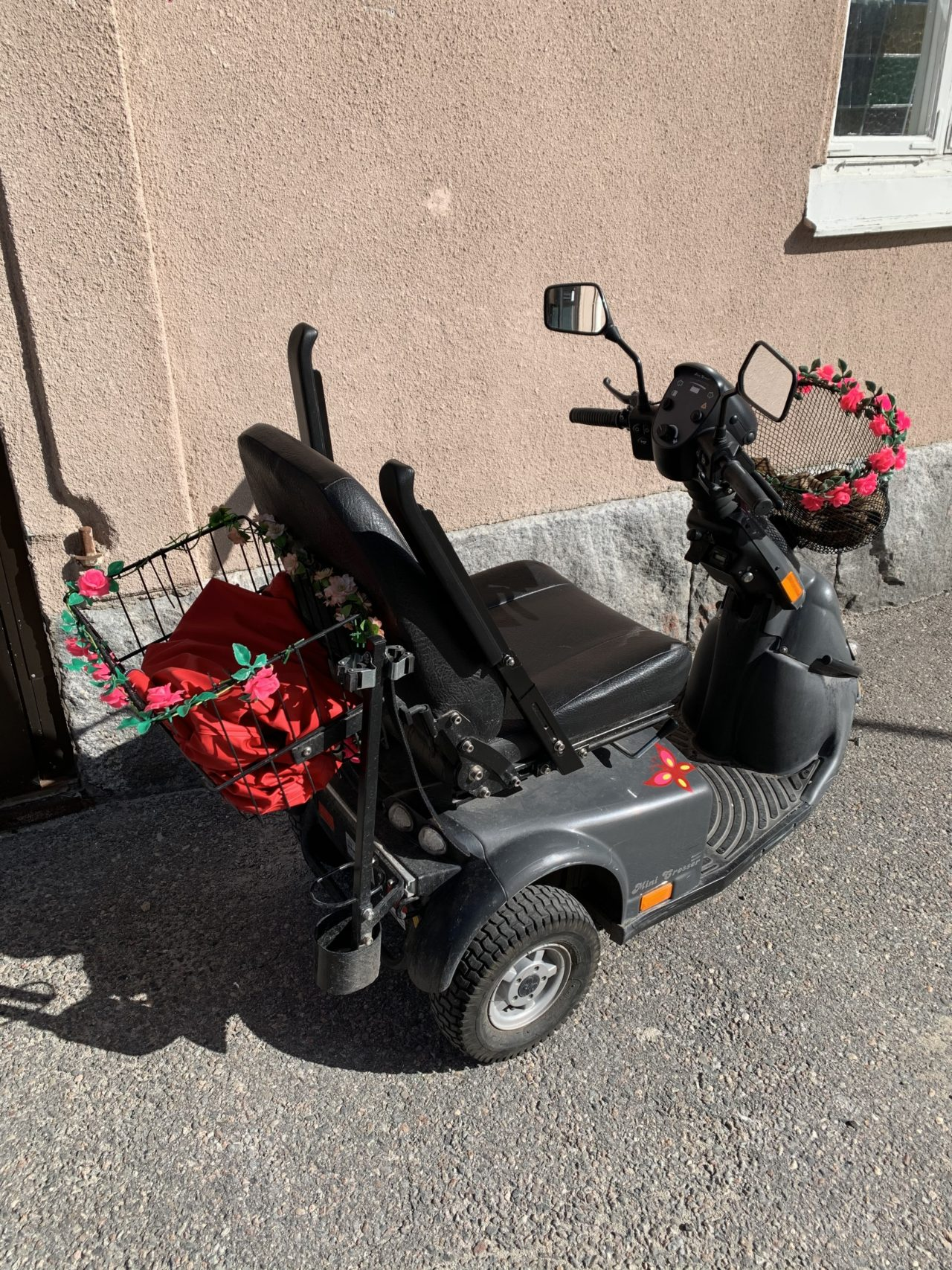 Electric Disability Scooter With Baskets