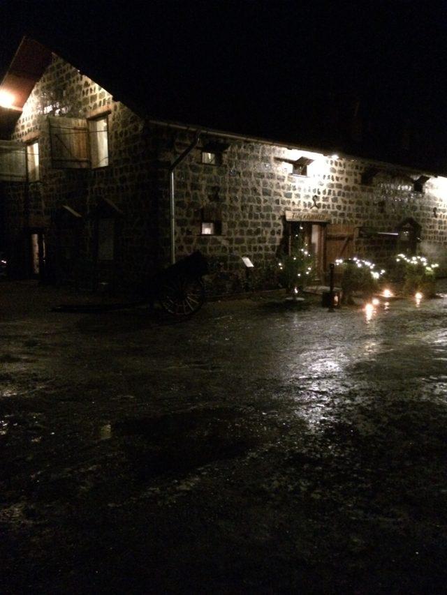 Stone House Restaurant At Christmas At Night